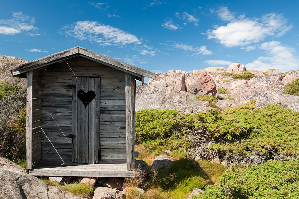 repair-tips-for-old-storage-shed