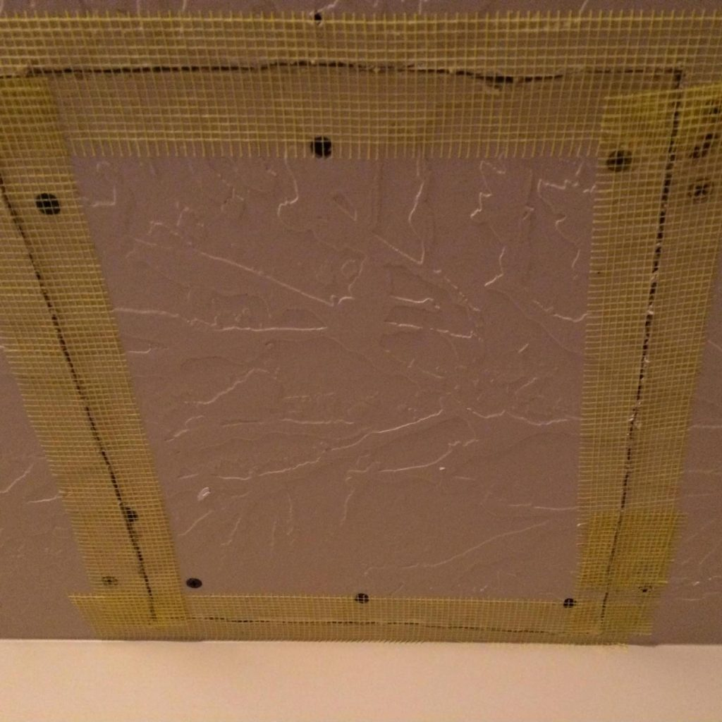 Apply the drywall Joint Tape